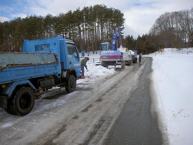 機械による除雪