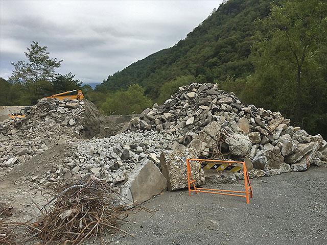 瓦礫の一例